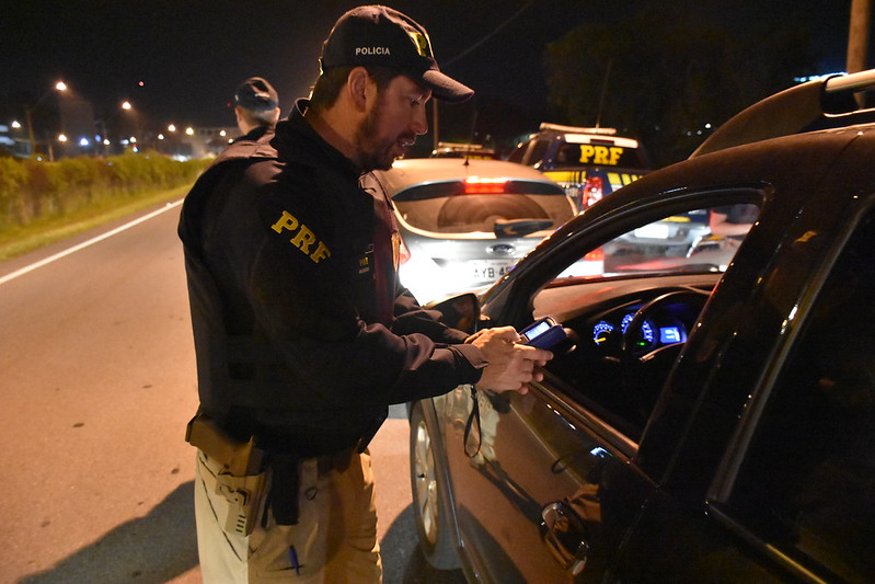Rodovias federais registram 11 mortos, 164 feridos e 137 acidentes durante o Carnaval no Paraná