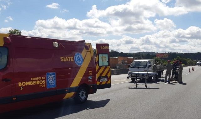 Homem morre atropelado quando tentava atravessar a BR-116, em Colombo