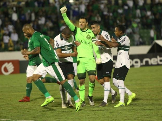 Com gol de Wilson, Coritiba vence Guarani em Campinas