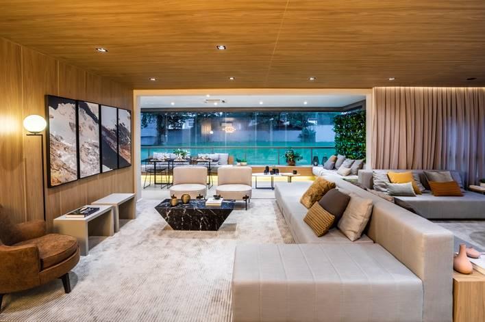 MDF tem presença marcante em apartamento paulista de 180 m²