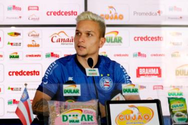 """Artur crê em vaga do Bahia na Libertadores: """"Lutando pelo nosso sonho"""""""