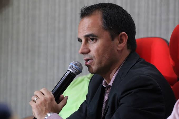 Especulado no Palmeiras, Rodrigo Caetano define seu futuro