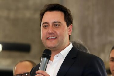 PSD estuda lançar Ratinho Júnior à presidência em 2022