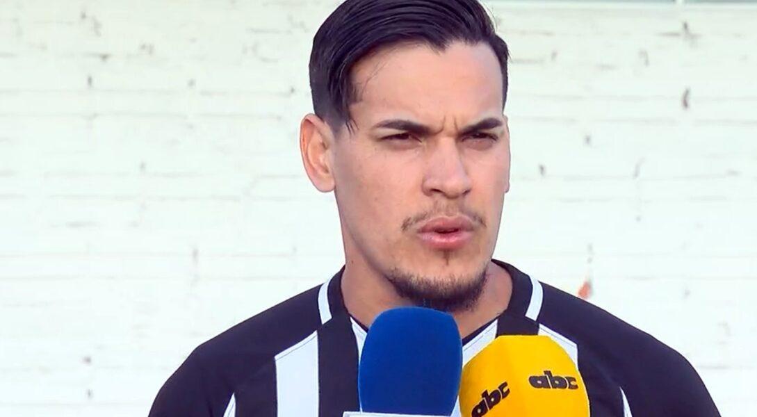 Gustavo Gómez comemora bom ano, mas crê em cobrança no Palmeiras