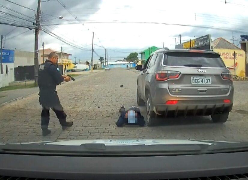 Guarda Municipal de São José dos Pinhais recupera veículo roubado em Curitiba, veja o vídeo