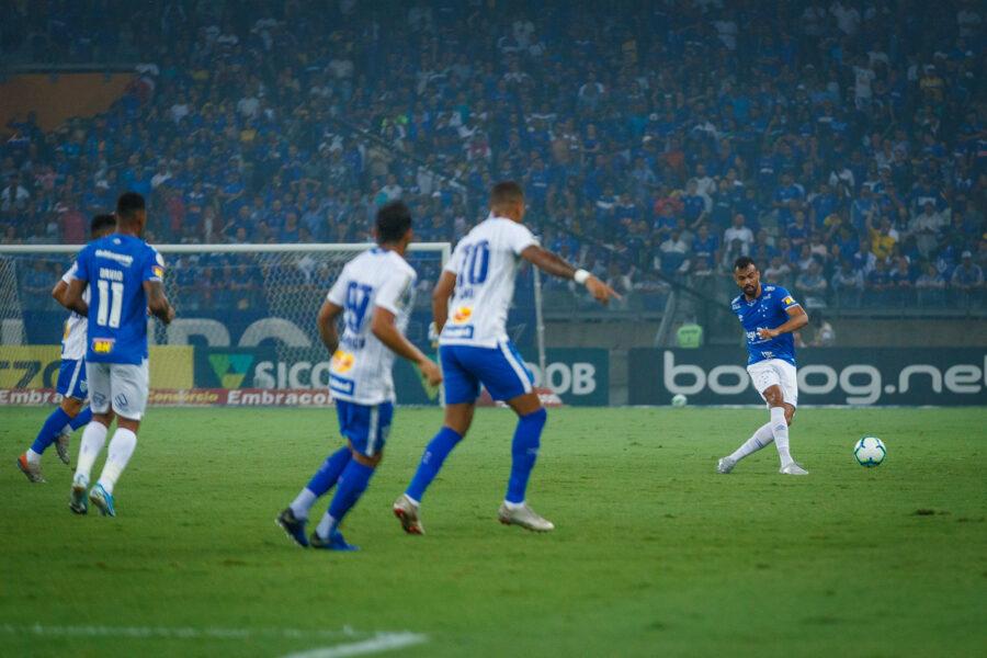 Cruzeiro recebe o Avaí e segue luta para fugir da zona de rebaixamento