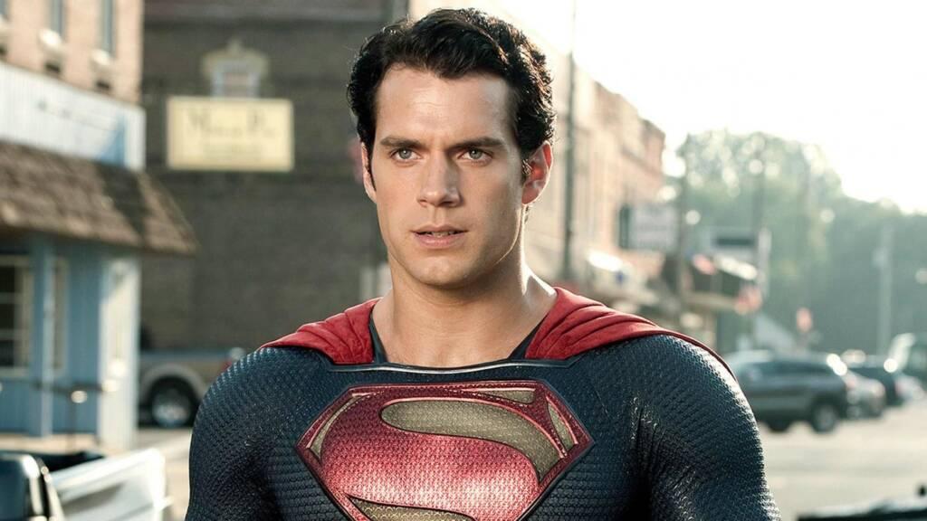 Henry Cavill revela que ainda deseja o papel do Superman dos cinemas