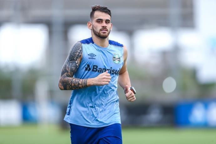 """Vizeu se despede do Grêmio: """"Foi um prazer vestir essa camisa"""""""