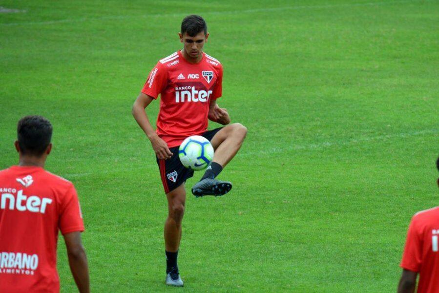 Destaque da Seleção Brasileira sub-20 pode ganhar chance no São Paulo