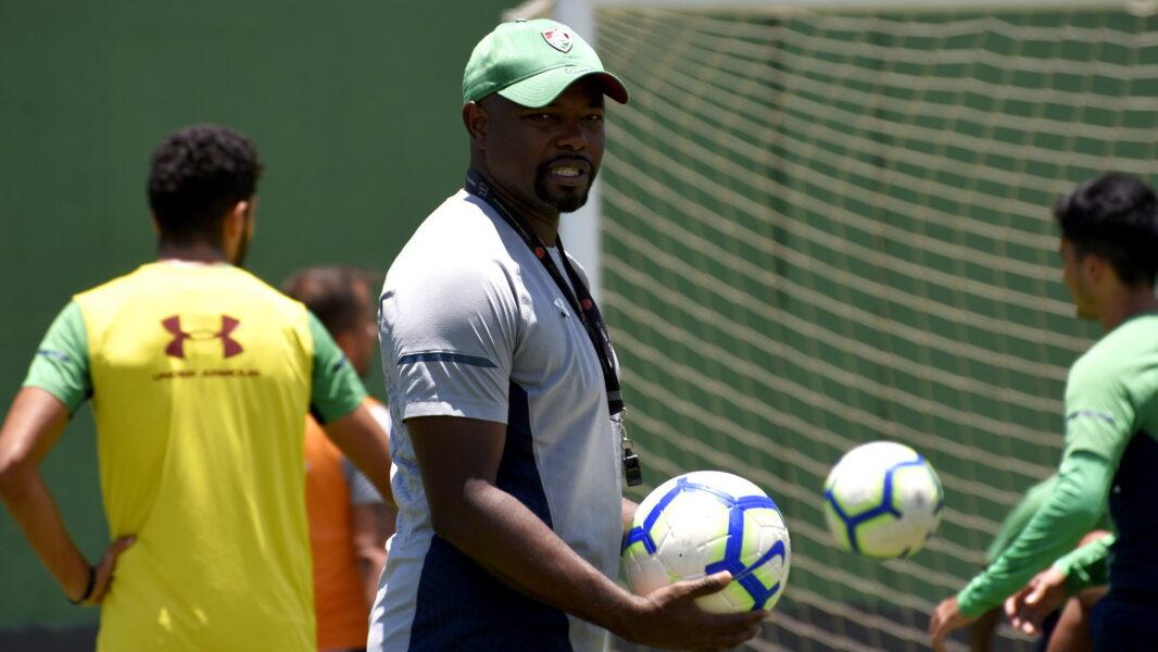 Com muitos desfalques, Fluminense encara o Corinthians por Sul-Americana