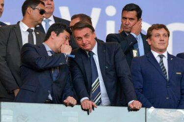 Santos garante que Sampaoli não se manifestou contra visita de Bolsonaro à Vila