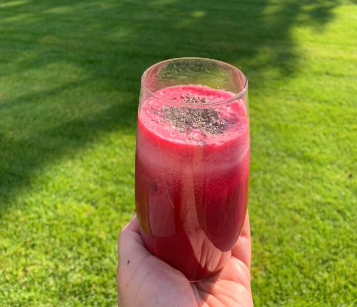 RECEITA: suco detox de beterraba com abacaxi fortalece o sistema imunológico