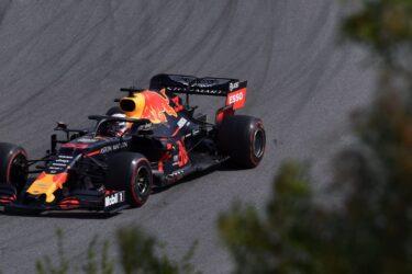 Em corrida emocionante, Verstappen vence e Gasly é vice no GP do Brasil