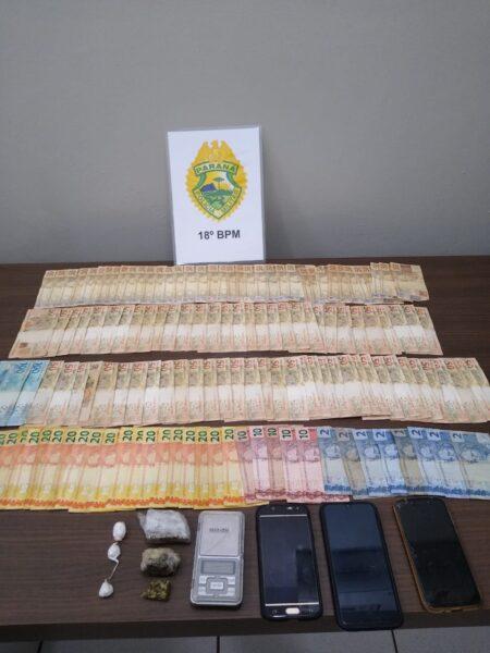 PM prende três pessoas e apreende mais de R$ 6 mil após denúncias