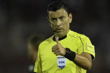 Conmebol escolhe árbitro chileno para a final da Libertadores