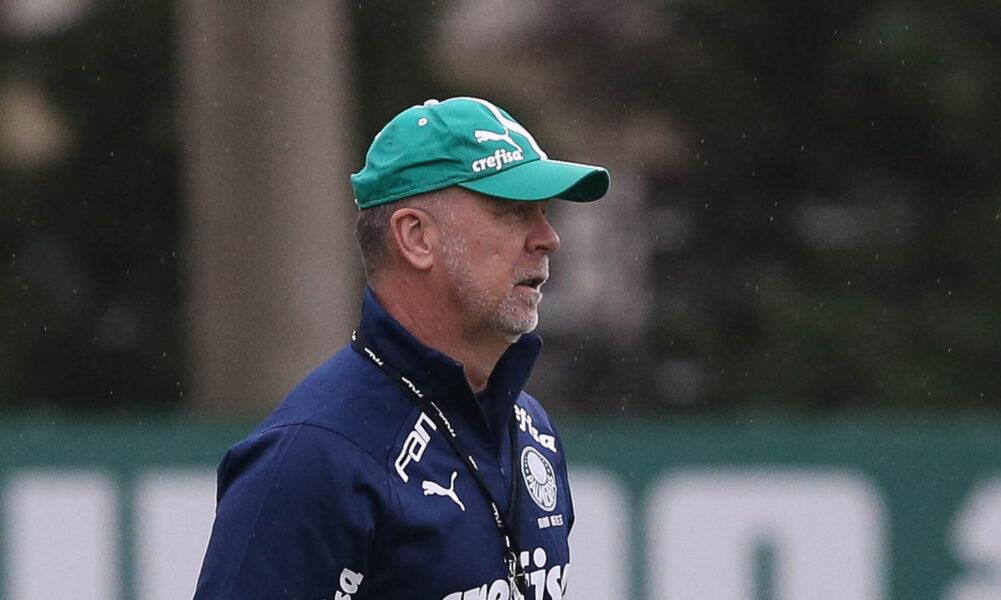 Sem Gómez e Luiz Adriano em campo, Palmeiras recebe visita de Moisés