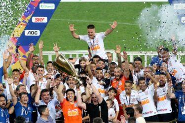 Com três títulos estaduais, Tiago Nunes pode entrar na história do Corinthians no Paulistão