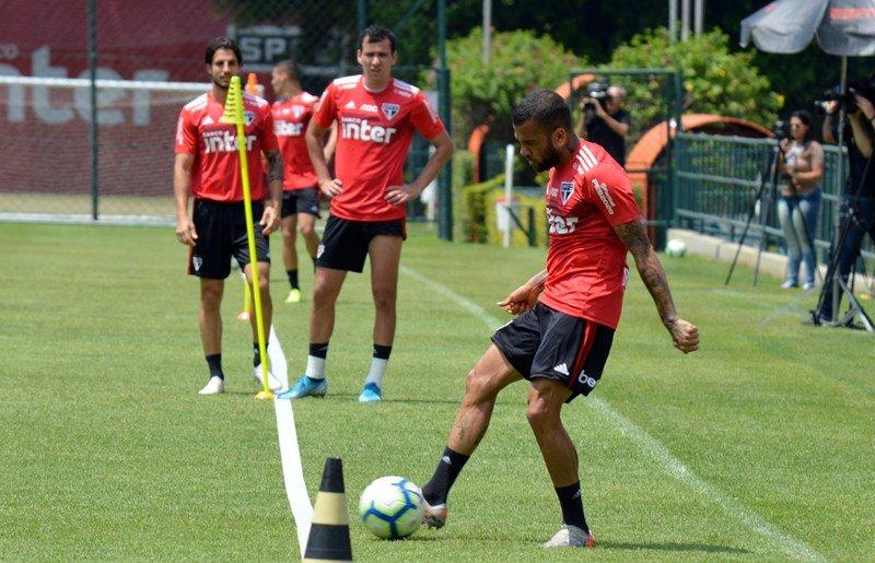 São Paulo visita o Ceará para retornar ao caminho das vitórias no Brasileiro