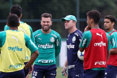 Com treino fechado, Palmeiras encerra preparação para enfrentar o Goiás