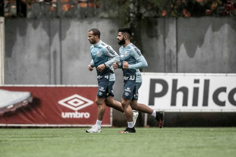 Com novidades dentro e fora de campo, Santos realiza mais um dia de testes físicos