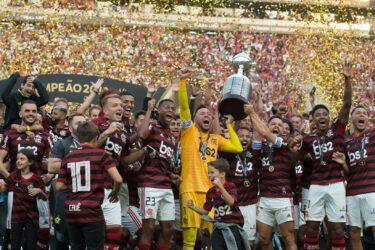 Flamengo recebe o Ceará em clima de festa com a torcida pelo Brasileiro