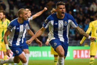 Brasileiros brilham e Porto vence o Tondela pelo Português; Sporting goleia