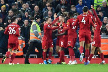 Com primeiro tempo eletrizante, Liverpool goleia o Everton pelo Inglês