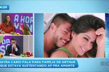"""Mayra Cardi revela que viveu """"relação abusiva"""" com Arthur Aguiar"""
