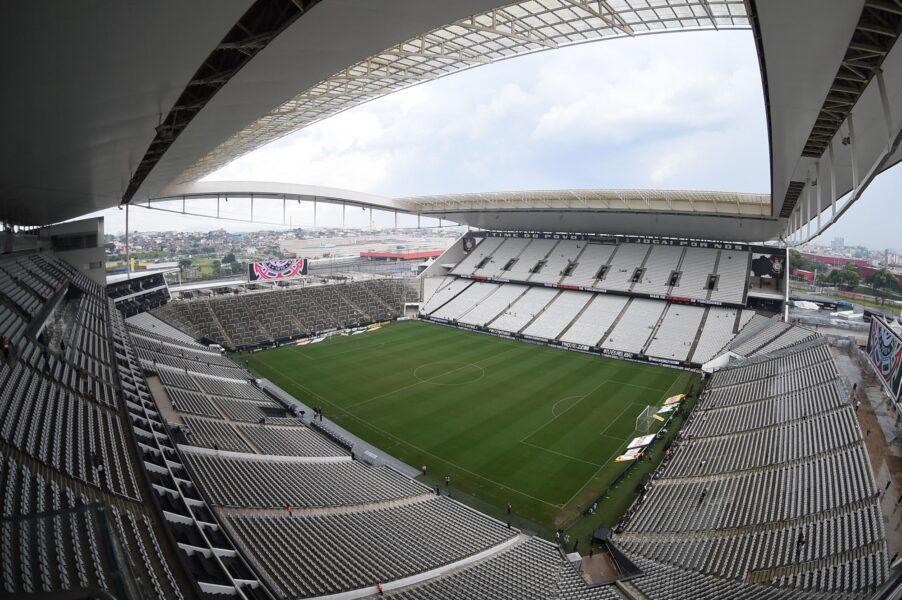 Presidente do Corinthians coloca Arena à disposição para vacinação contra covid-19