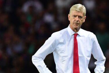 """Arsene Wenger critica o Barcelona: """"Jogam como estivessem em crise"""""""