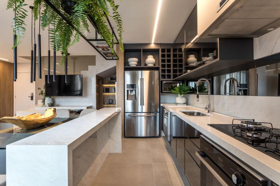 Monarca entrega apartamentos com mobiliário Florense