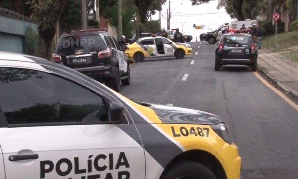 Após festa em motel, grupo de amigos é surpreendido por atiradores em caminhonete