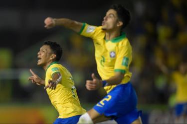 Brasil faz decisão do Mundial sub-17 diante do México