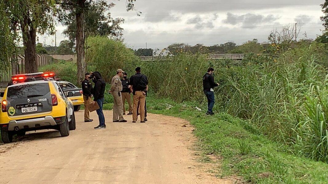 Corpo de homem amarrado é achado no Canal Belém, em Curitiba