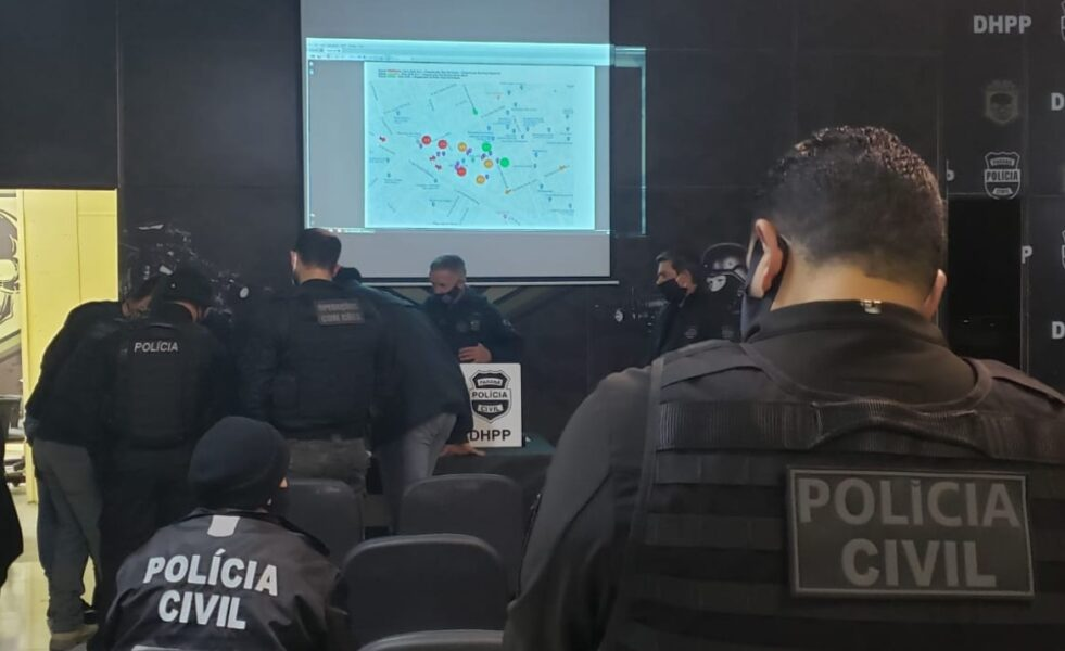 Policia Civil realiza operação no Parolin