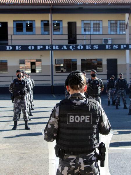 Dia Nacional do Policial e Bombeiro Militar é marcado com homenagem a policiais do BOPE que morreram em serviço