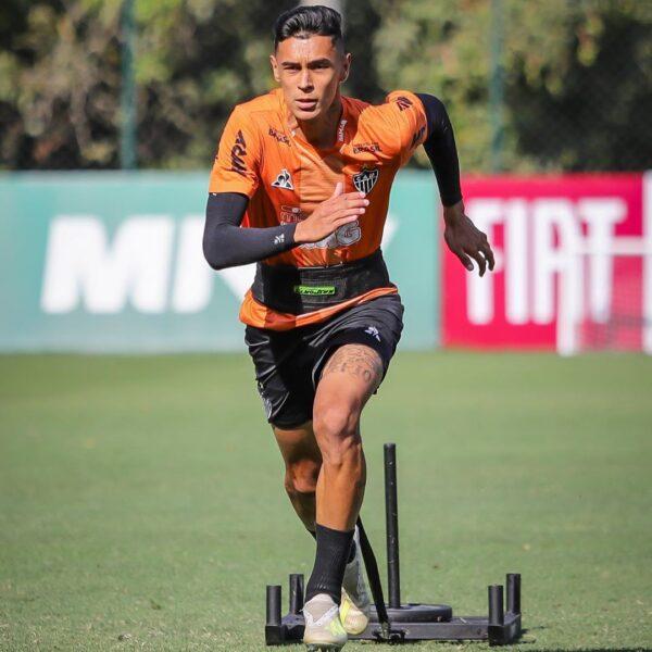 Atlético-MG decide comprar jovem zagueiro do Santos
