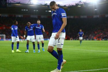 Richarlison decide vitória do Everton e Tottenham tropeça em casa no Inglês