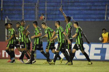 América-MG bate Londrina fora de casa e segue firme na briga pelo acesso