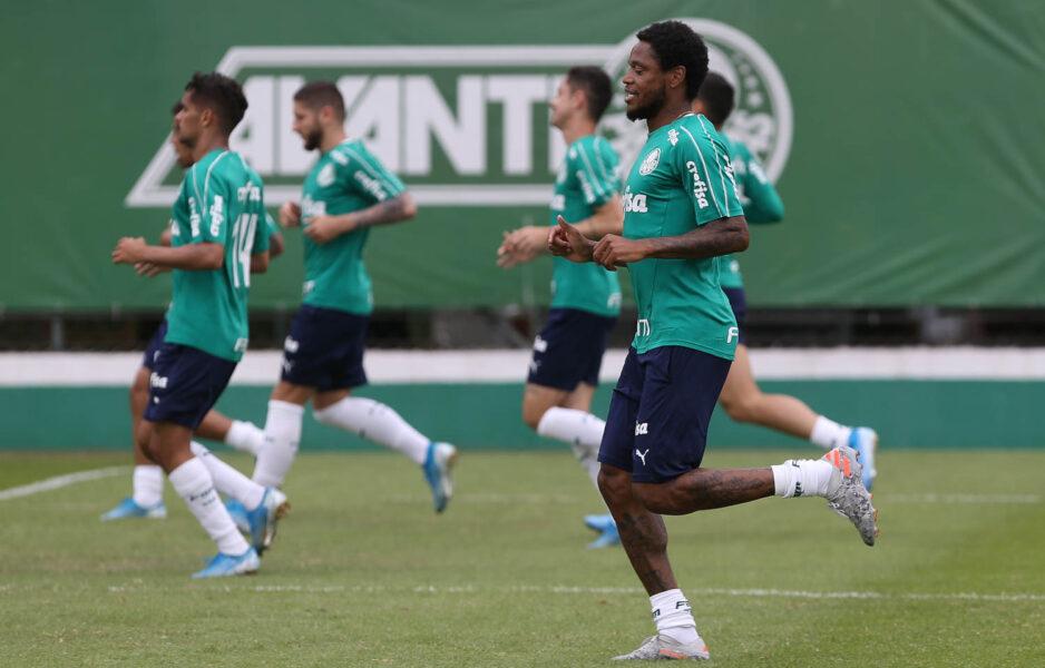 Mano volta a fechar treino do Palmeiras: veja a provável escalação