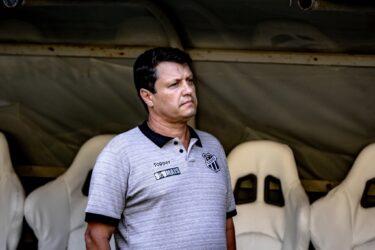 Ceará demite Adilson Batista após derrota para o Flamengo