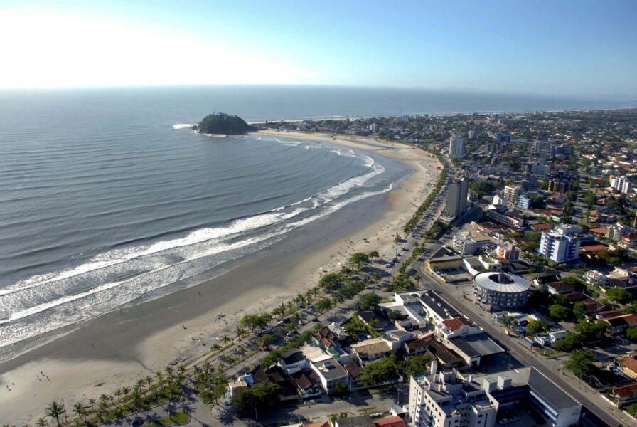 Prefeitura de Guaratuba reabre praias e calçadão