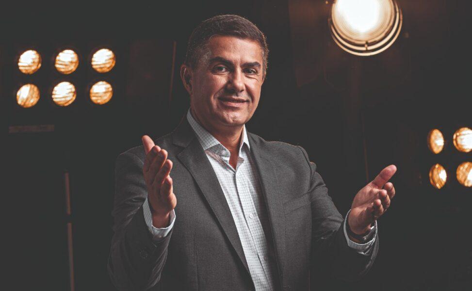 Novo apresentador do Balanço Geral Curitiba, Jasson Goulart já teve até dupla sertaneja