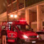 Morador de rua salva mulher de assalto mas é esfaqueado e preso, em Curitiba
