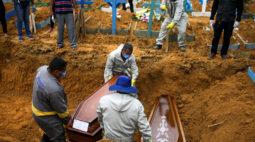 Coronavírus no Brasil: país tem novo recorde de 1.349 mortes em 24h e chega a 32.548