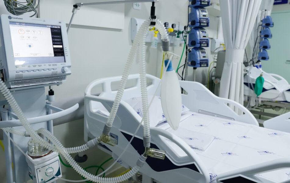 Paraná entrega novos leitos de UTI após recorde de casos de coronavírus