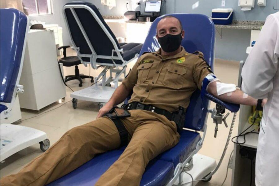 PMs doam sangue para comemorar aniversário de batalhão no Paraná
