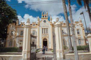 Santa Casa de Curitiba recebe reforço no combate à Covid-19