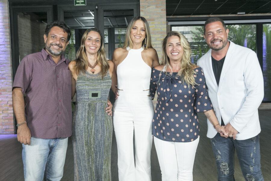 TROCA DE ESPOSAS: Apresentado por Ticiane Pinheiro, reality show volta a exibir episódios inéditos