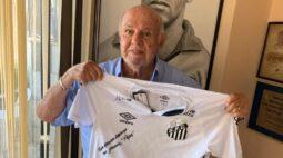 Santos apoia plataforma PeLegacy para ajudar fundação de Pelé